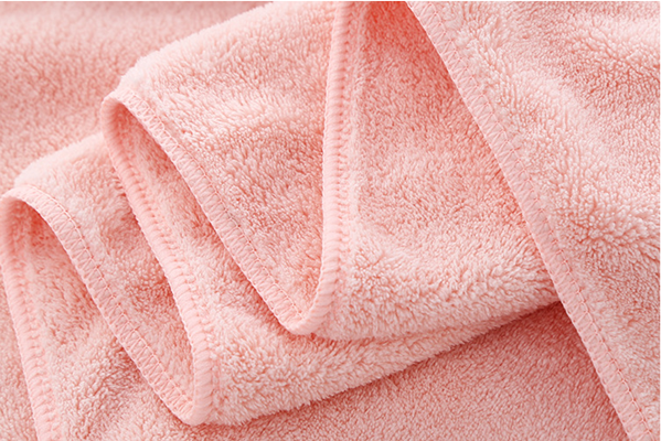 Customized Size High Density Coral Fleece Bath Towel Quick Dry thick Microfiber Towel for Adults